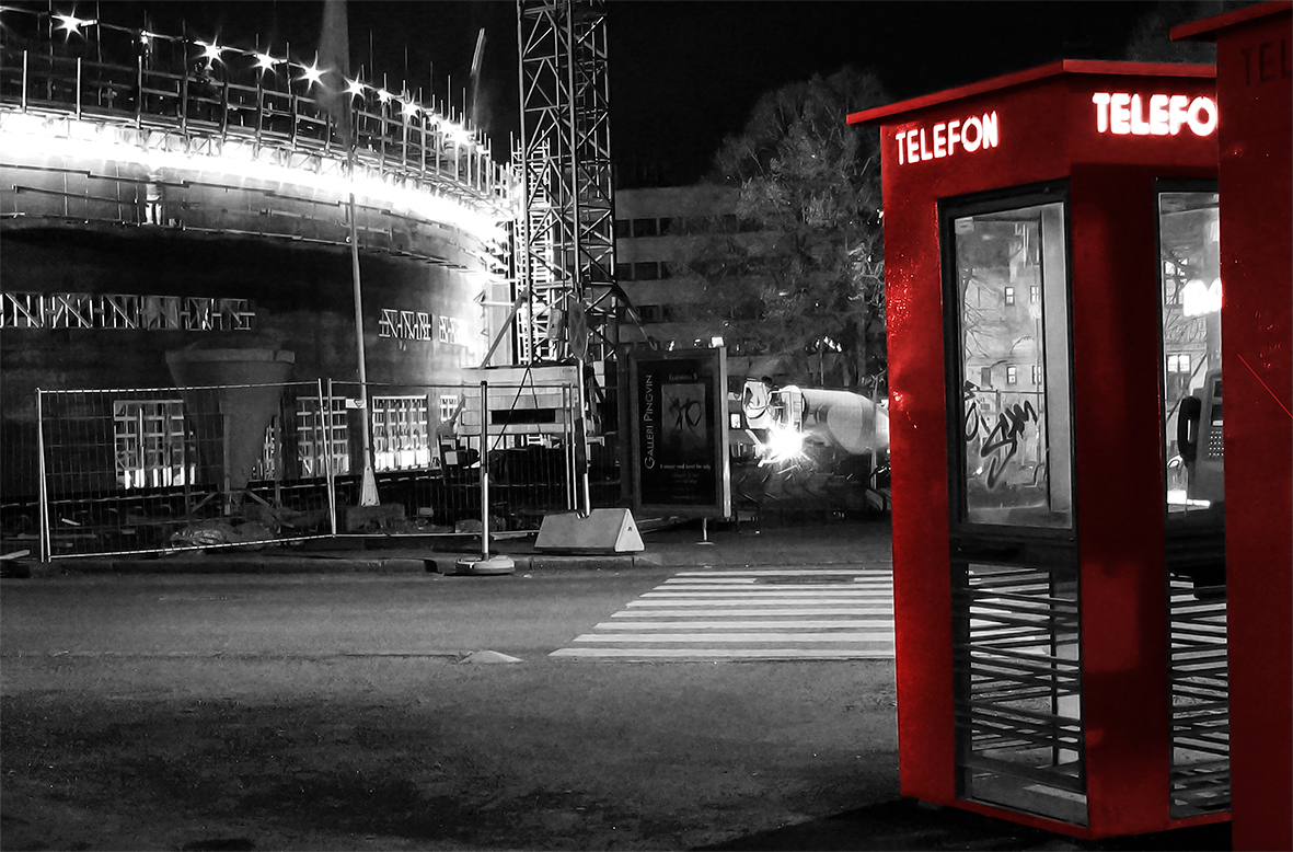 #172 PHONE BOOTH